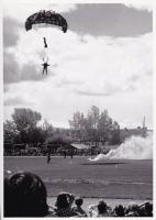 Parachute school